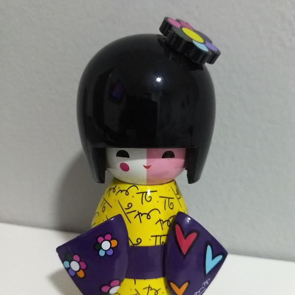 Boneca japonesa coleção romero britto
