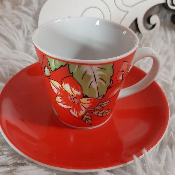 Xícara de café porcelana luxo vermelho floral!