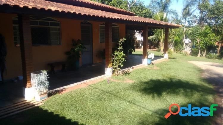 Chácara em bragança paulista com duas casas, toda gramada, oportunidade!