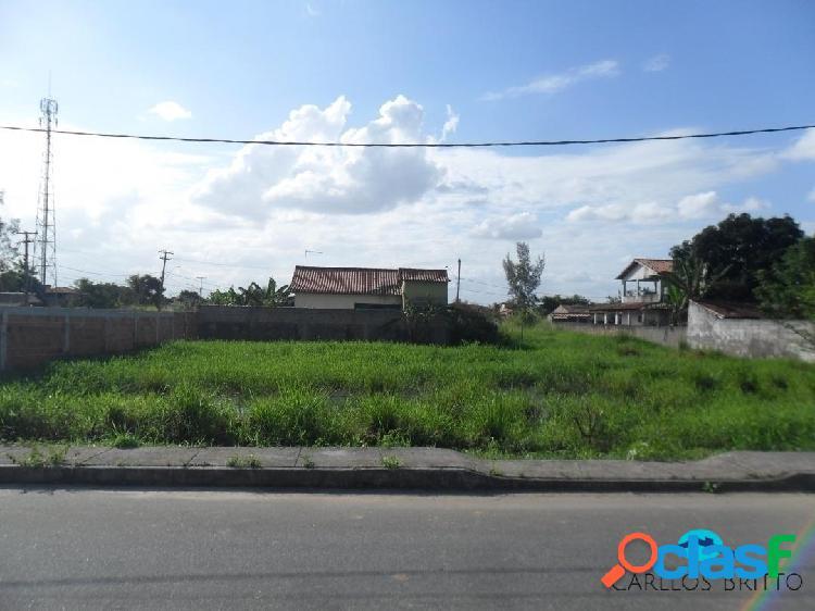 Ótimos terrenos a venda na entrada de praia seca em rua asfaltada