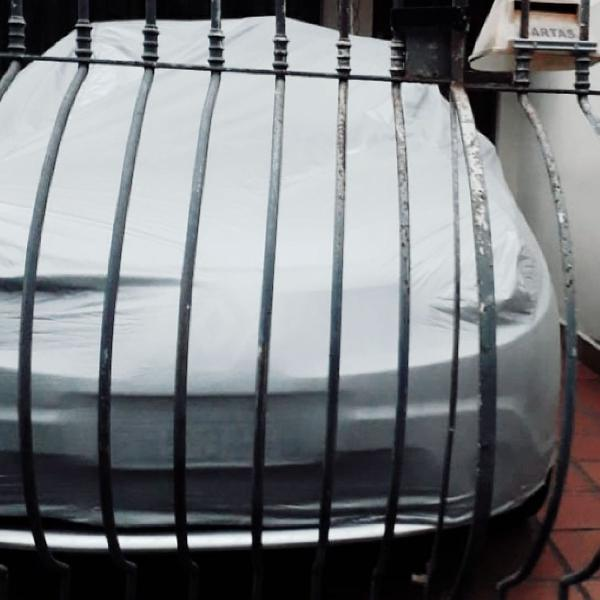 Capa cobrir carro renault sandero forrada impermeavel 100%
