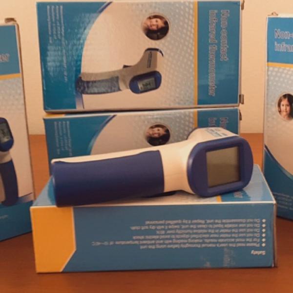 Termômetro digital infravermelho tela led novo