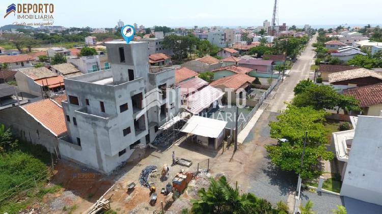Apartamento a 500 metros da praia do itacolomi em b.
