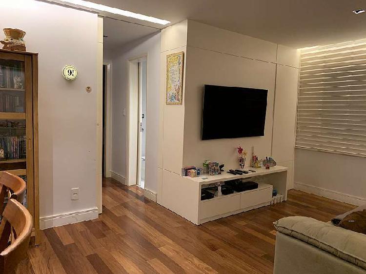 Apartamento à venda de 75 m2, com 2 quartos, 1 vaga, R.