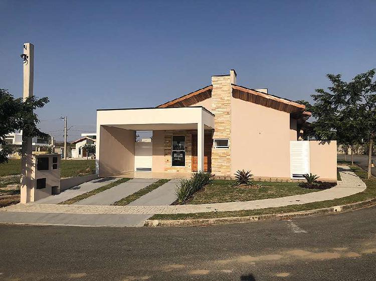 Linda casa linear no condomínio ouroville, em taubaté