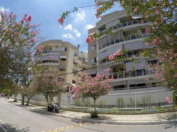 Rizzi imóveis vende apartamento: apto. 02 quartos -