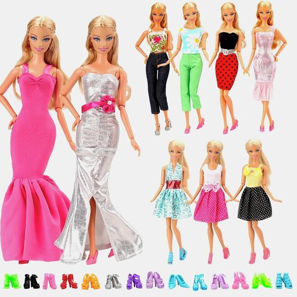 5 conjuntos roupas para boneca barbie + 5 pares de sapatos