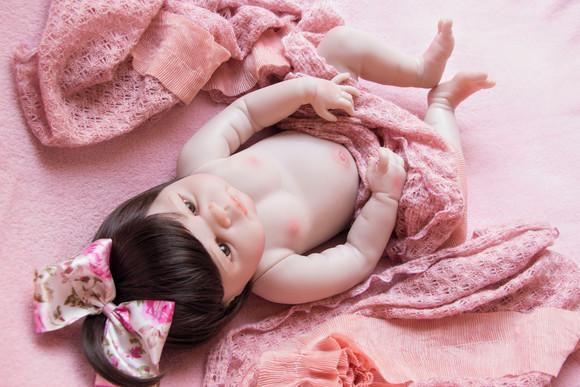 Bebê reborn corpo de silicone pronta entrega