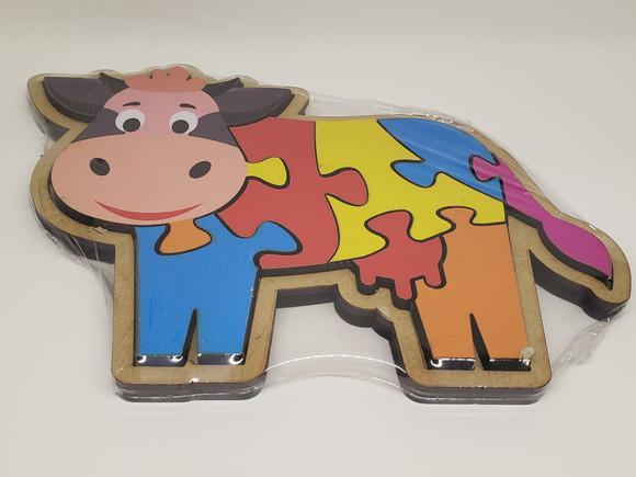 Brinquedo educativo pedagógico montessori encaixe vaquinha