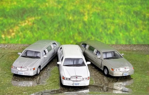 Carrinho de ferro para coleção Limousine Lincoln