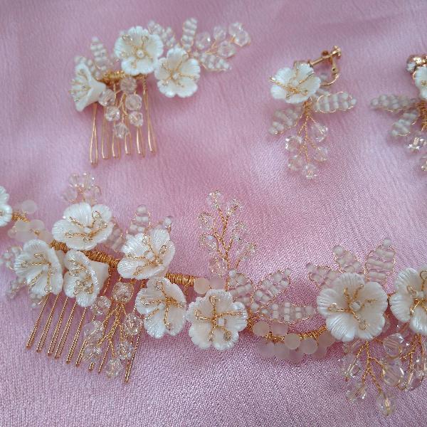 Kit enfeite de cabelo e brincos para noivas e debutantes