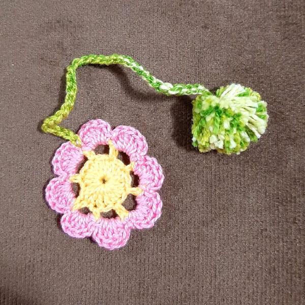 Marcador de página crochê flor