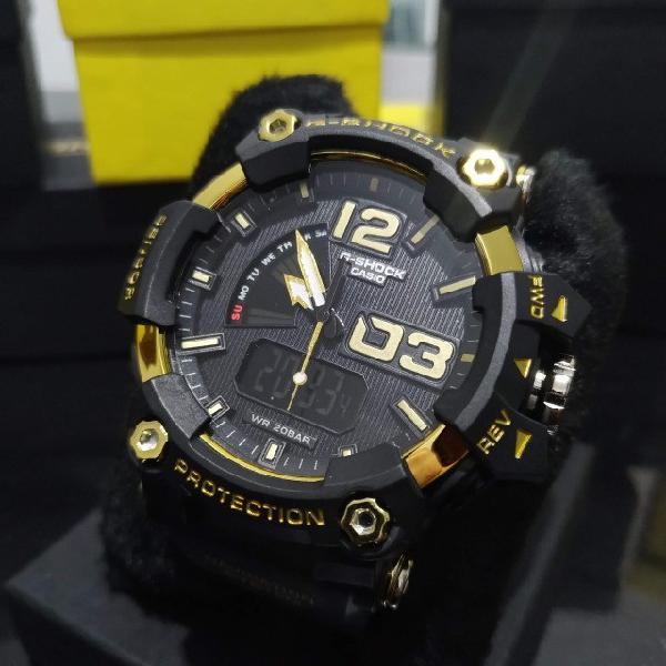 Relógio g-shok mudmaster speed / preto e dourado