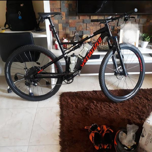 Specialized epic comp full 2019, tamanho l
