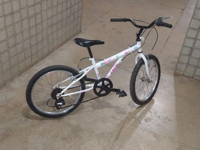 Vendo bicicleta infantil caloi ceci aro 20 (7 velocidades)