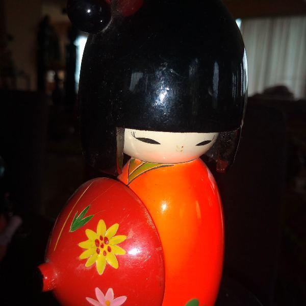 Boneca kokeshi clube coleção .