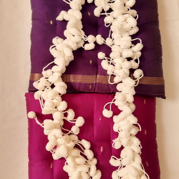 Cachecol de pompom, lã, branco, artesanal