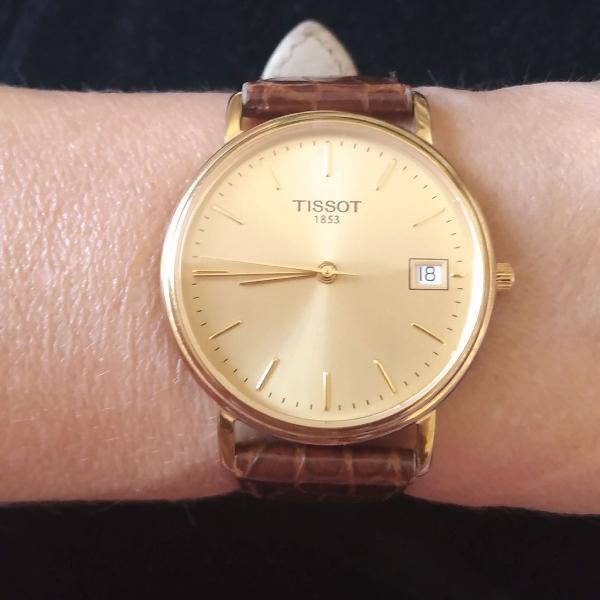 Relógio tissot dourado