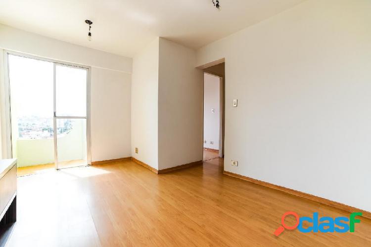 Apartamento a 10 minutos do metro