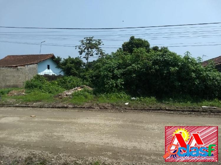 Terreno lote inteiro (10x30,5mts) r$70.000,00 em mongaguá na mendes casas
