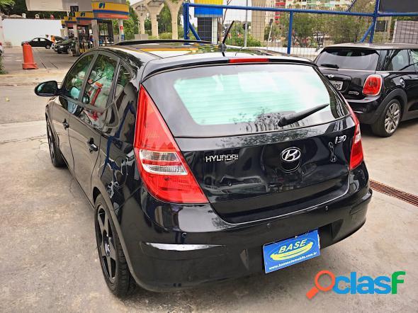 Hyundai i30 2.0 16v 145cv 5p aut. preto 2011 2.0 16v gasolina