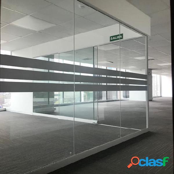 Alquilo oficina implementada centro empresarial - san isidro