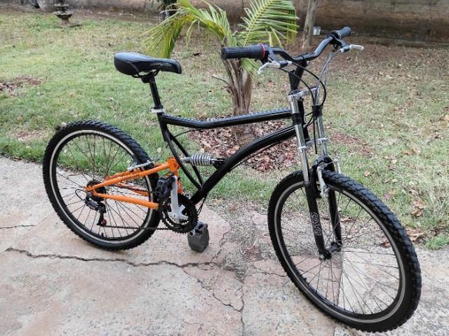 Bicicleta caloi xrt com 2 amortecedores - bike muito