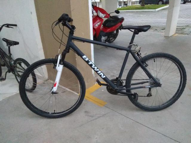 Bicicleta btwin aro 26 preto fosco