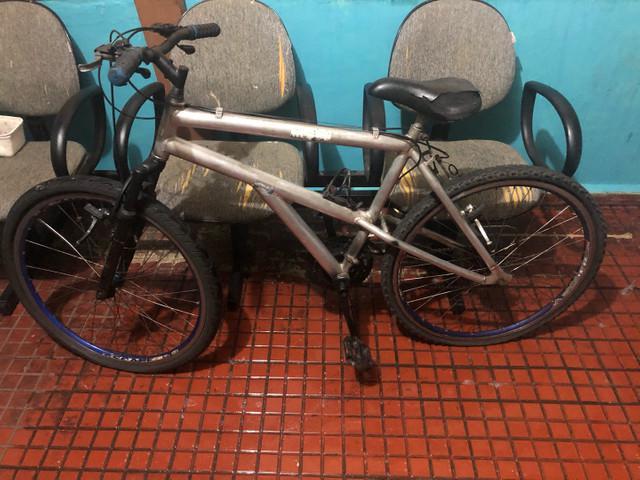 Bicicleta no estado da foto