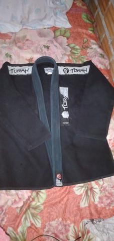 Kimono torah preto a2 semi novo
