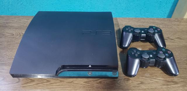 Playstation 3 (320gb) + 2 controles + 18 jogos originais