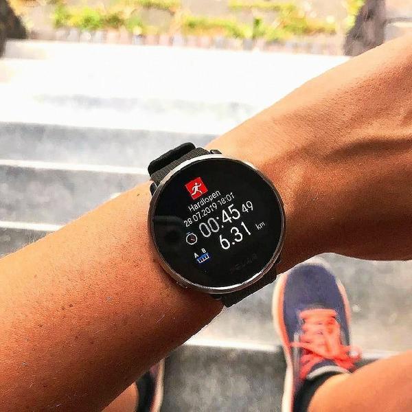 Relogio polar ignite smartwatch gps novo