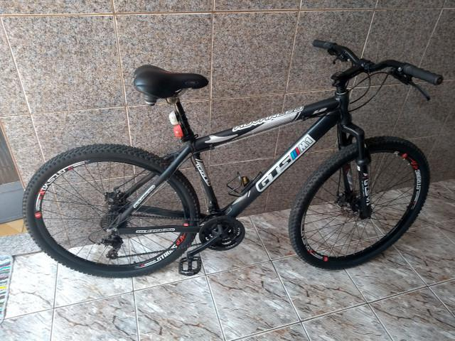 Vendo bike gts m1 único dono
