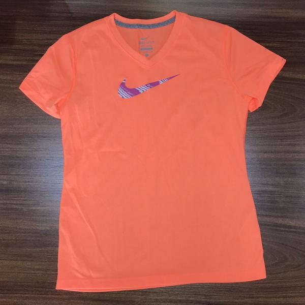 T-shirt dry fit nike