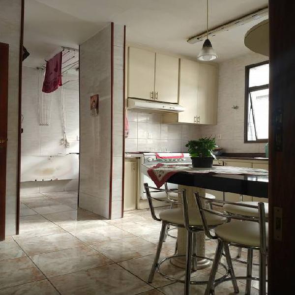 Vendo/ alugo apartamento com 110 metros quadrados com 4
