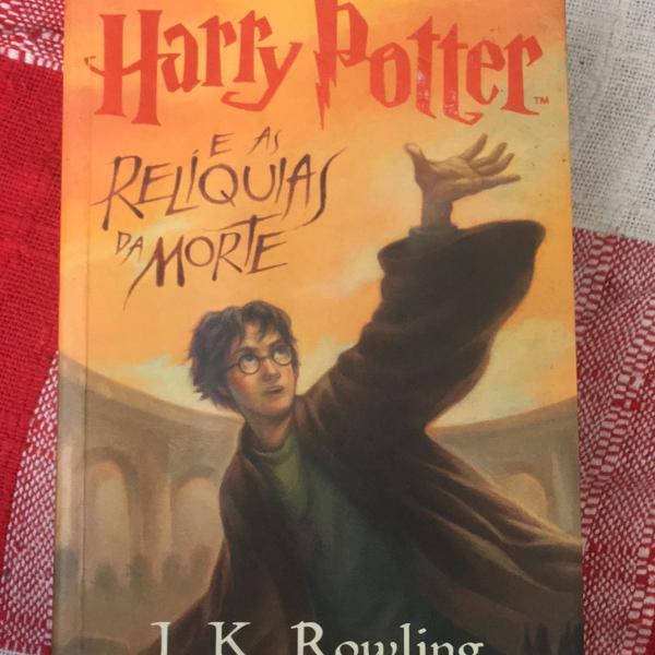 2 livros saga harry potter - o enigma do príncipe e as