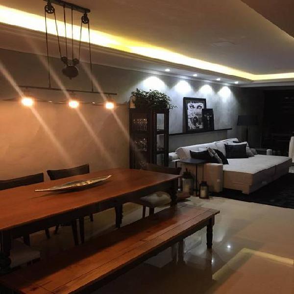 Apartamento mobiliado com 76 m², 2 quartos (suíte), vaga e
