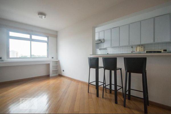 Apartamento ótima localização no campo belo com 1 quarto