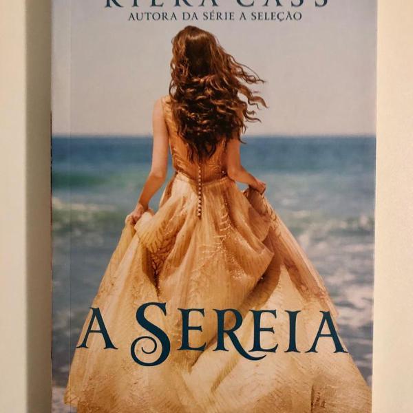 """Livro """"A Sereia"""" de Kiera Cass"""