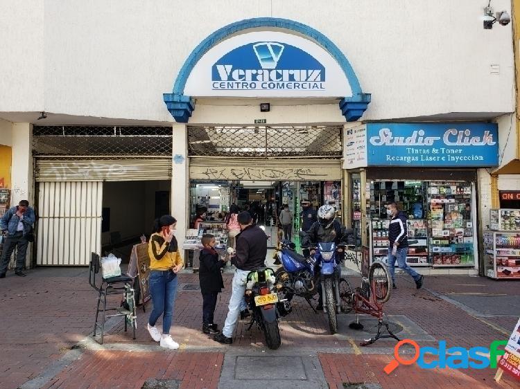 Se vende local no 252 comercial en el centro comercial veracruz