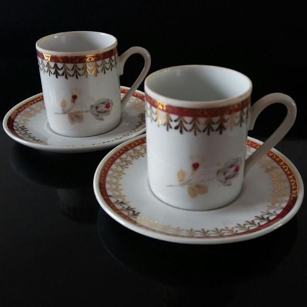 1 par de xícara e pires porcelana real