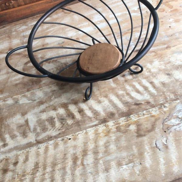 Fruteira ferro com madeira demolição