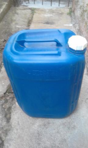 Galão para transporte de combustível reserva - 25 l