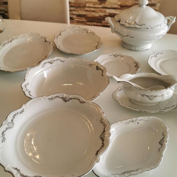 Jogo de porcelana pratos