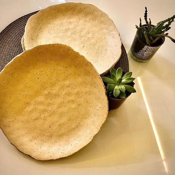 Conjunto 4 pratos porcelana japonesa - areia com textura