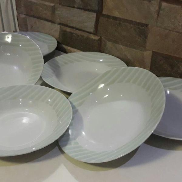 Conjunto pratos de sopa