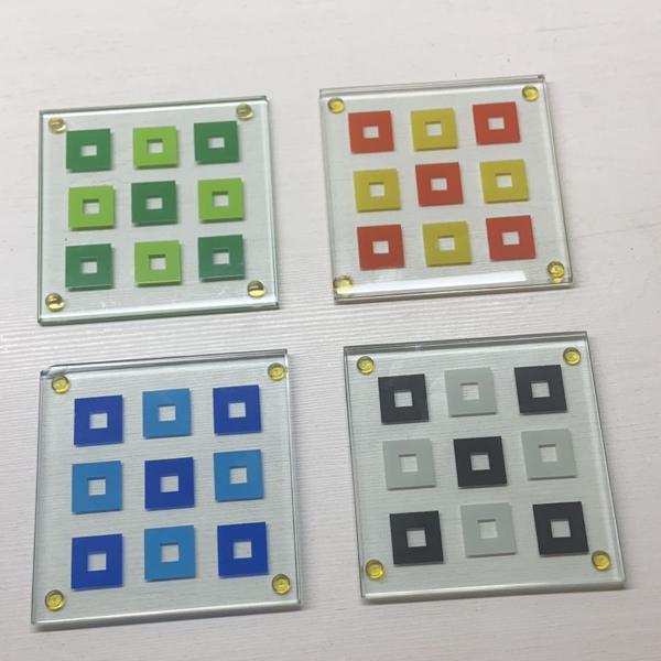 Kit com 4 porta copos coloridos de vidro