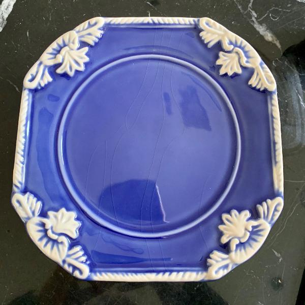 Mini porta bolo em porcelana azul marinho