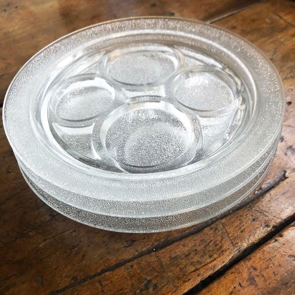 Pratos em vidro