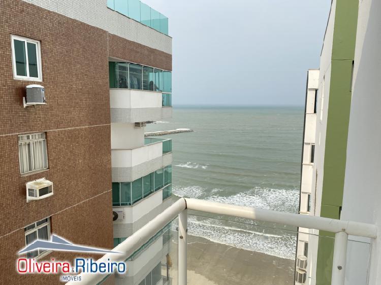 Apartamento mobiliado com vista para o mar balneário